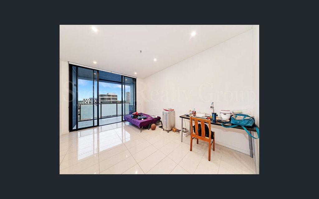 Fully furnished 2 bedroom apartment @ Platinum Zetland!  By appointment or Sat open