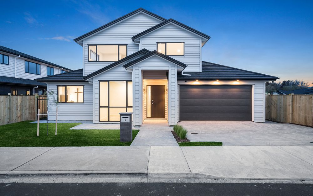 Brand New Large Family Home!