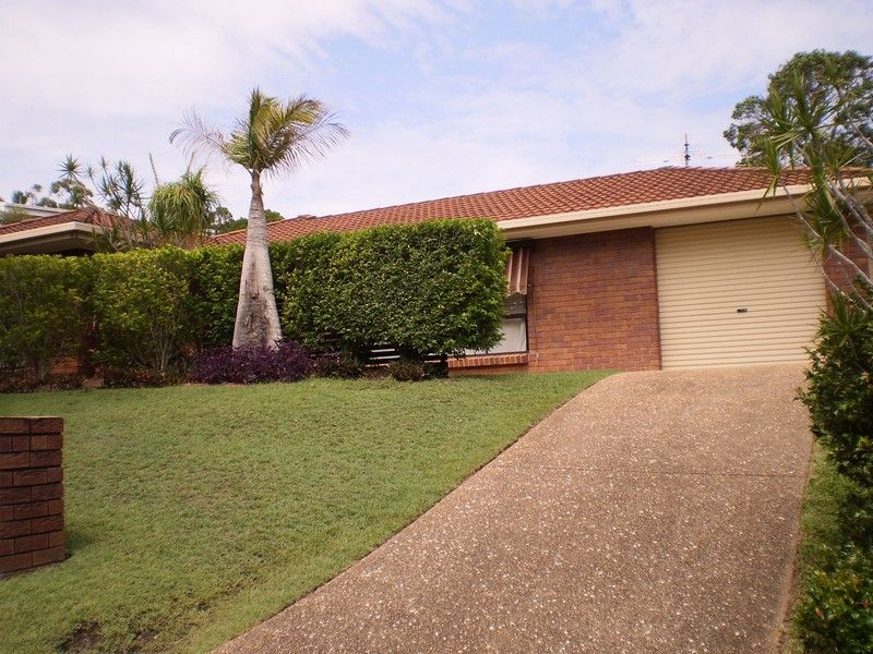 Good size family home in a quiet court in Alexandra Hills. Open to view Wednesday 6/11/19 at 4.30pm