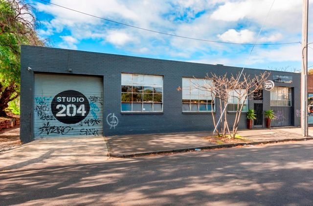 Office/Warehouse/Studio, Located on the edge of South/Port Melbourne