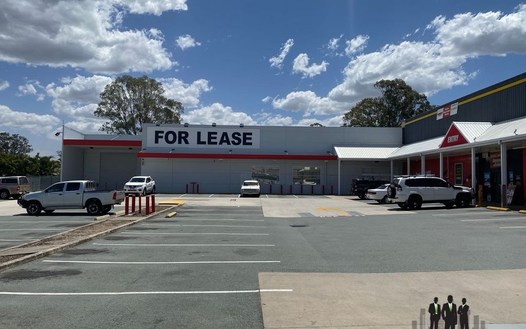 LARGE Format Retail/Showroom Opportunity