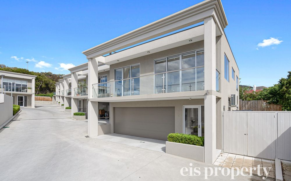 Executive Living in West Hobart