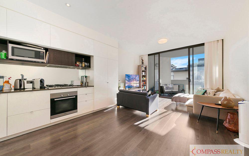 Modern 2 Bedroom Apartment.