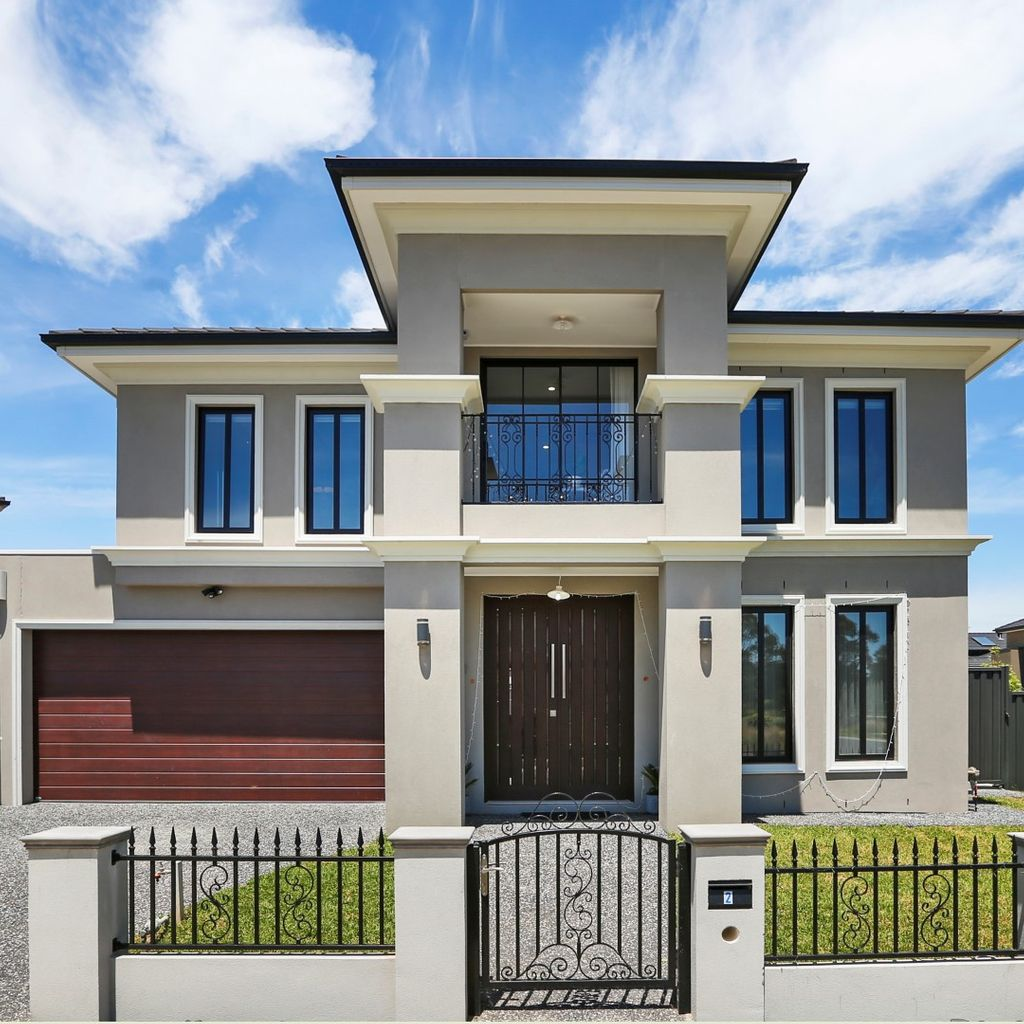 Crown Jewel of WANTIRNA RISE ESTATE