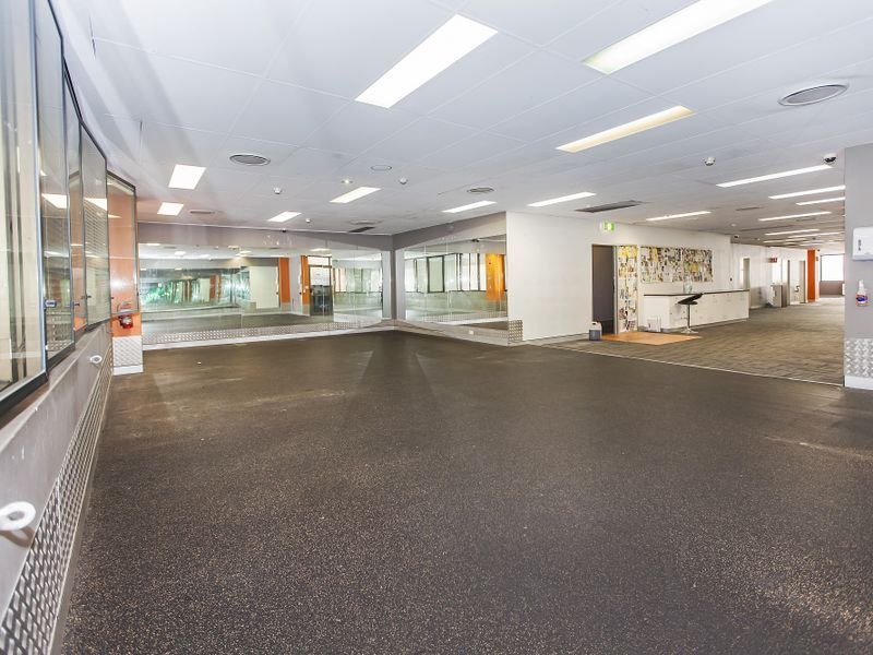 TOP FLOOR – Prime Albert Street Location