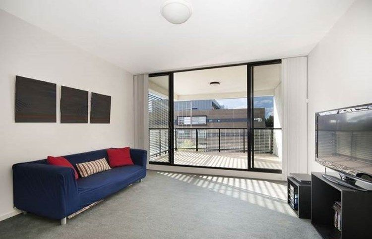 3 Bedroom Apartment in Zetland