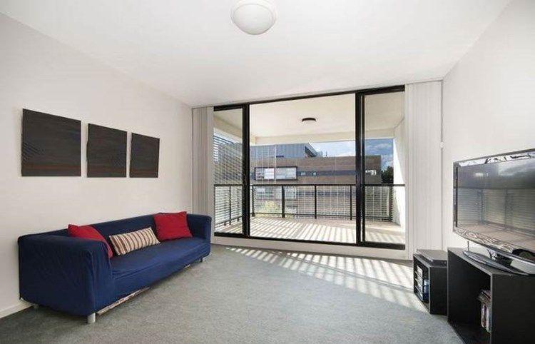 3 Bedroom Apartment in Zetland
