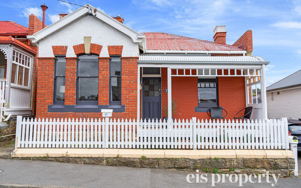 Renovated City Fringe Living At Its Best