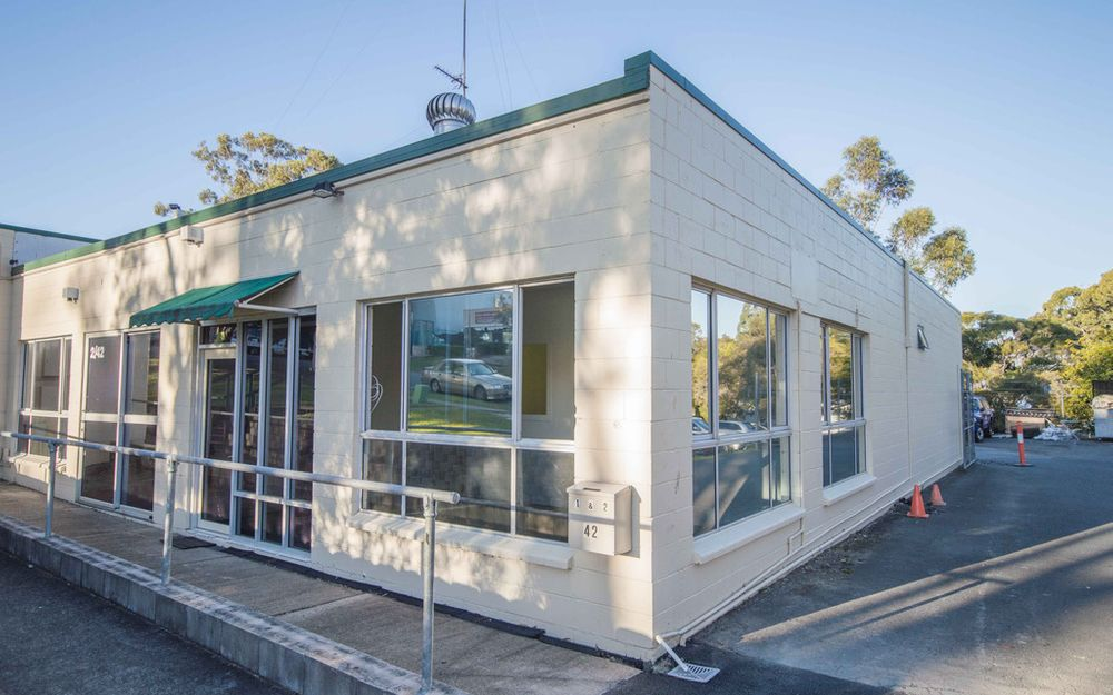 Affordable Industrial Office In Central Location