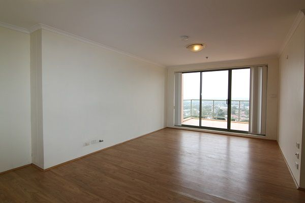 DEPOSIT TAKEN | Top floor spacious 2 bedroom apartment with expansive views