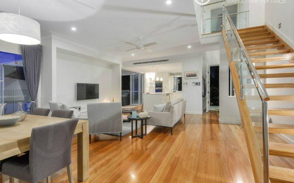 Luxurious & Stylish Executive Home