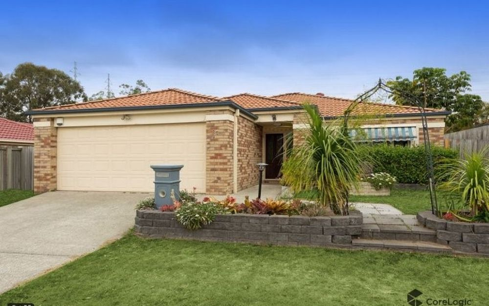 Family Friendly Lowset in Mansfield Catchment