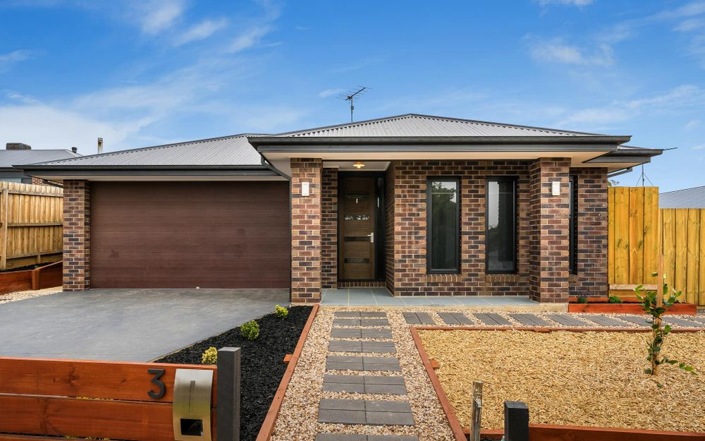 Low Maintenance Family Home Ready To Move In
