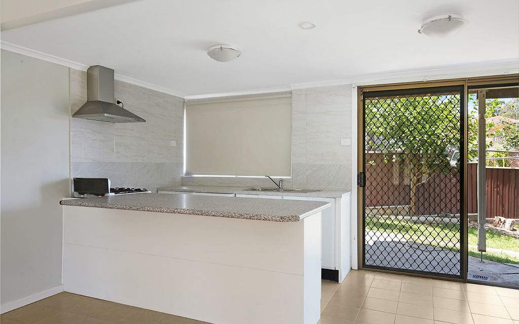 MODERN RENOVATED 1 BEDROOM UNIT INCLUDING ELECTRICITY & WATER