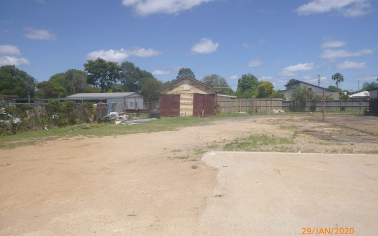 FOR LEASE – SHED ON 1014M2 SUITABLE FOR TRADIES OR STORAGE