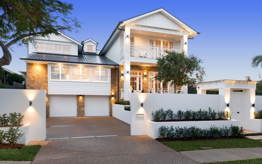 Ascot Showpiece with Exquisite Hamptons Style