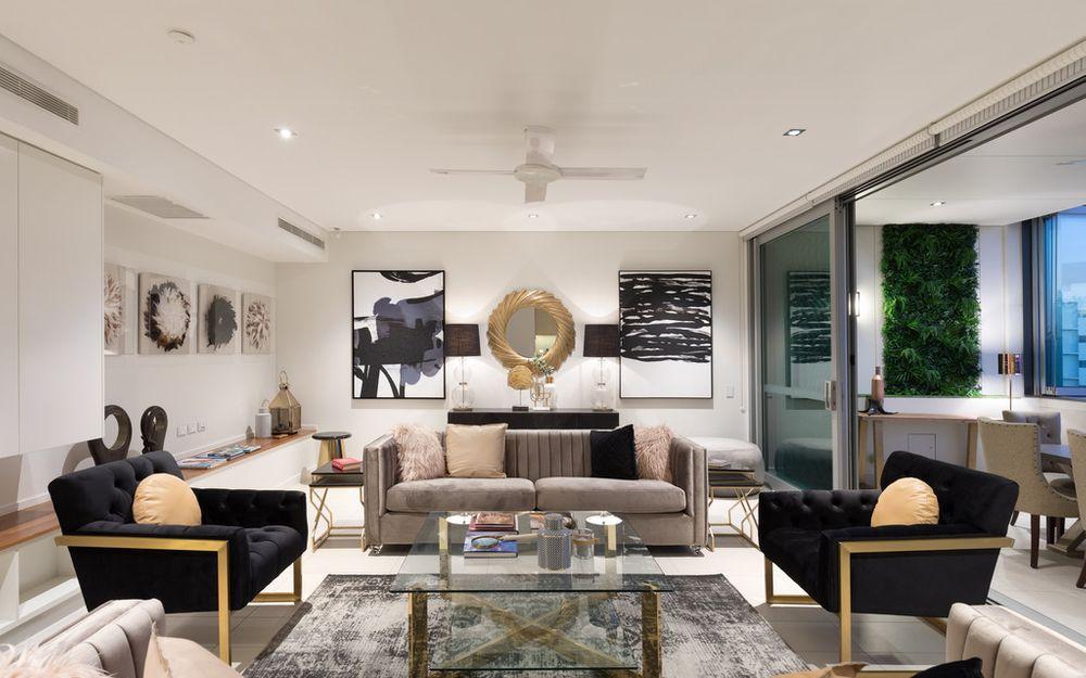 Luxury Living in Exclusive Precinct
