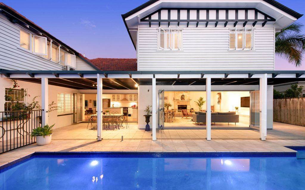 EXCEPTIONAL ASCOT ADDRESS WITH POTENTIAL