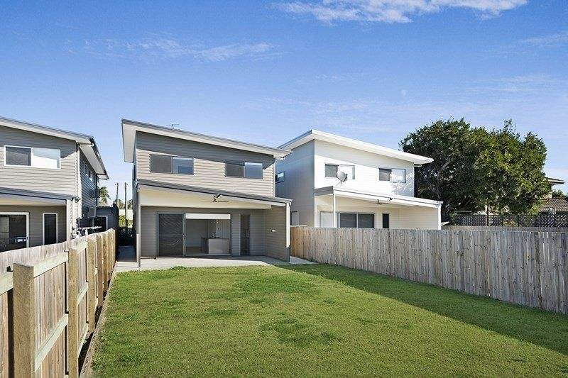 Stylish Modern 2 Level Living in Quiet Boondall Location