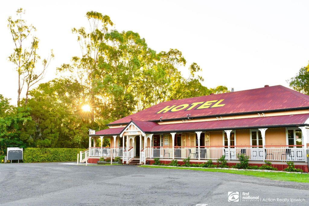 Historic Freehold Hotel Harrisville – SALE OR LEASEHOLD