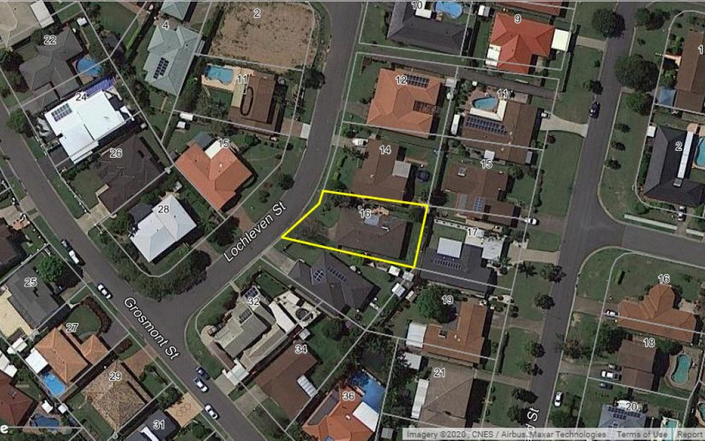 16 Lochleven Street Carindale