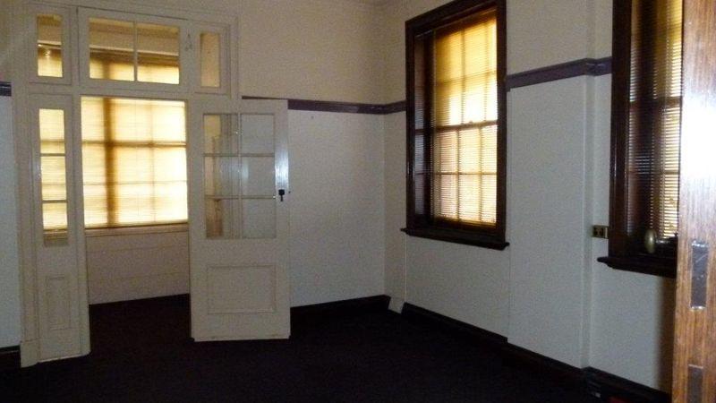 property image 1048645