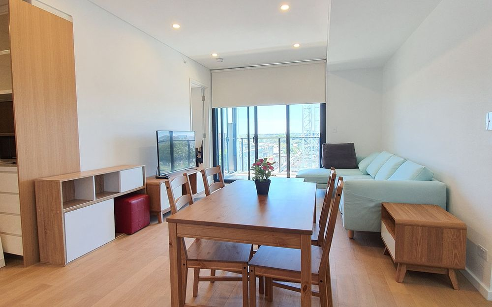 Green Square Brand new 2 Bedroom with Fully Furnished Apartment!