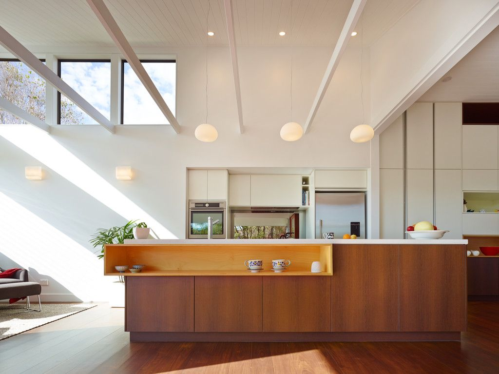 Charming 1930s Queenslander with Modern Flair
