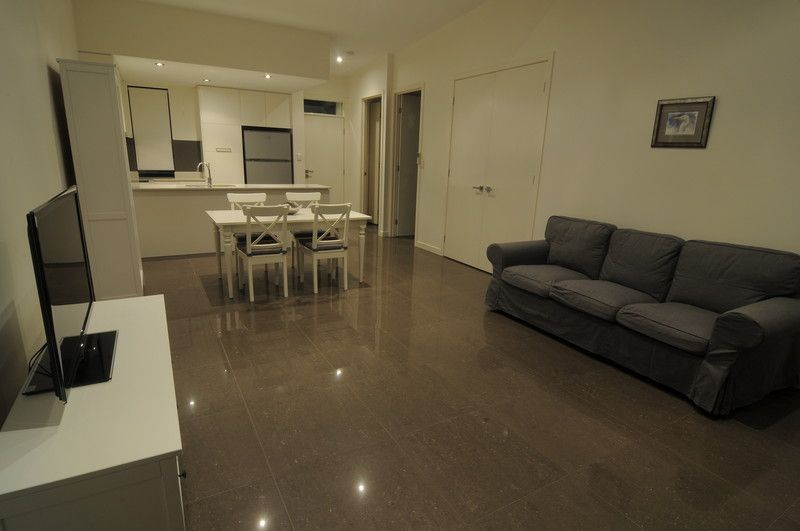 Modern 2 Bedroom Unit with large tiled open plan living area. UNDER APPLICATION