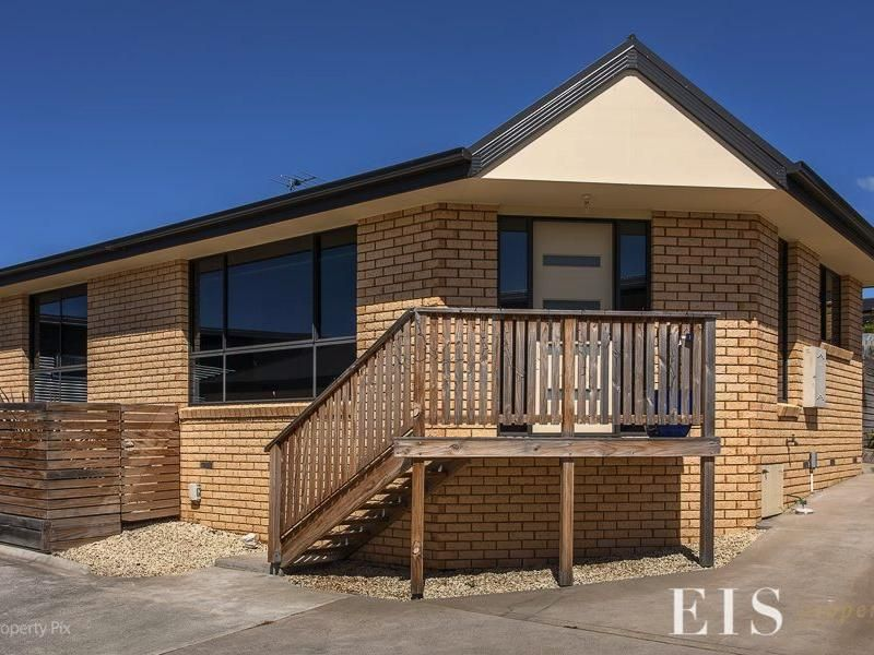 Ideal Family Home with Great Views