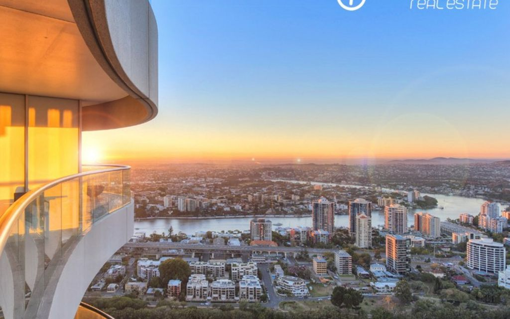 Enjoy living in Australia's Number One Building – Riparian Plaza