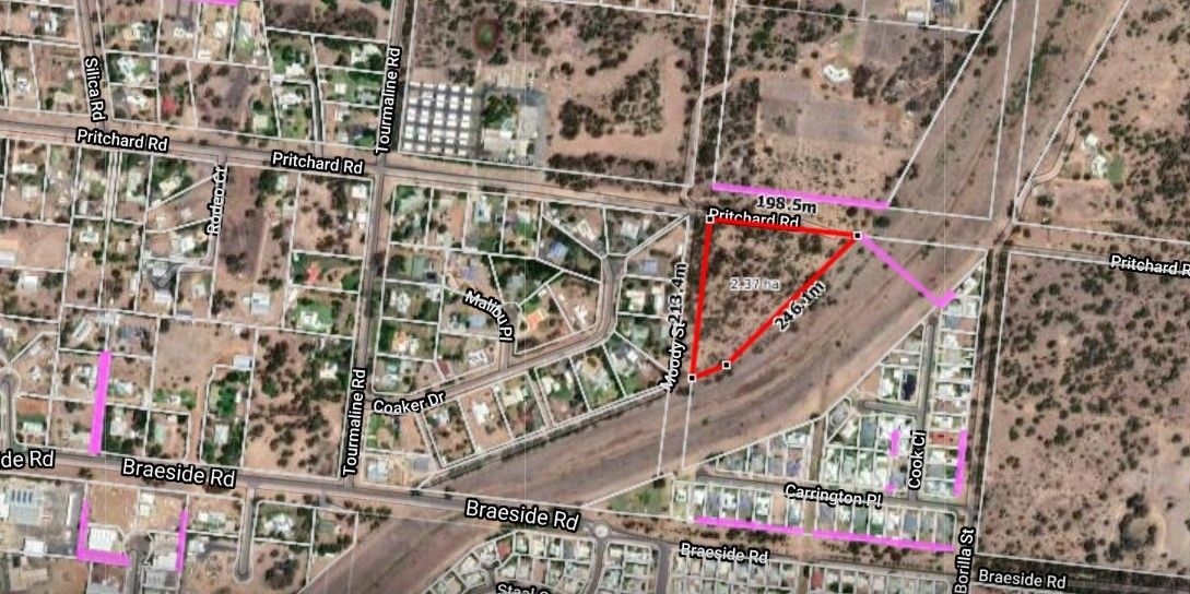 An Acreage Lifestyle only Minutes to Emerald CBD