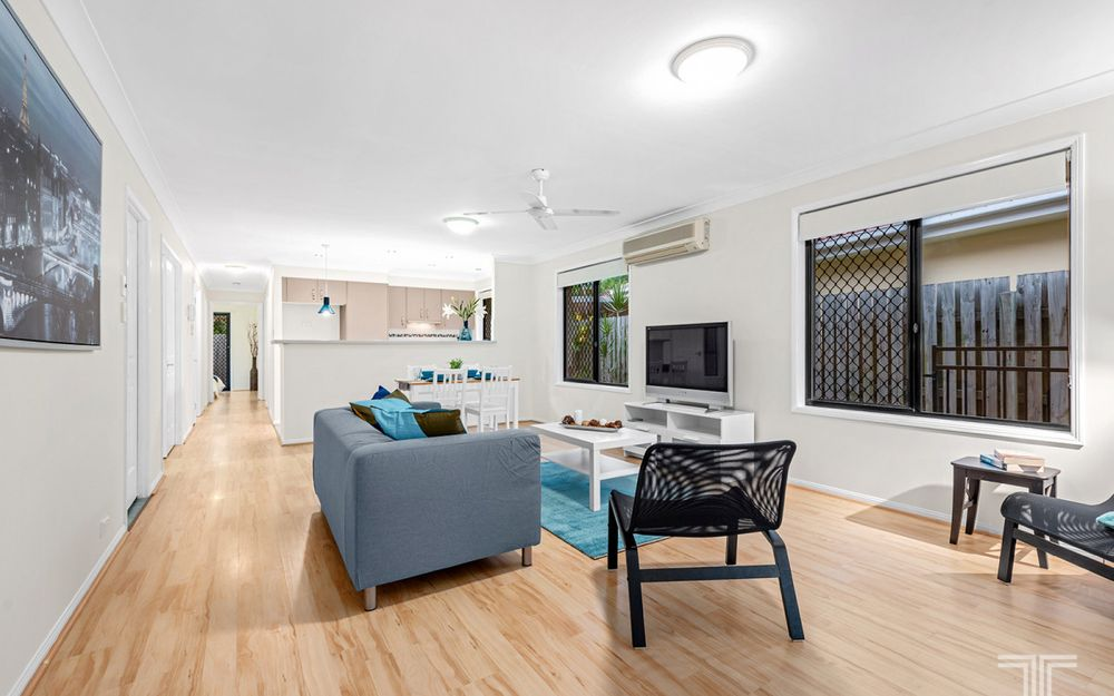 Charming Low-Set Villa in Thriving Carindale Pocket