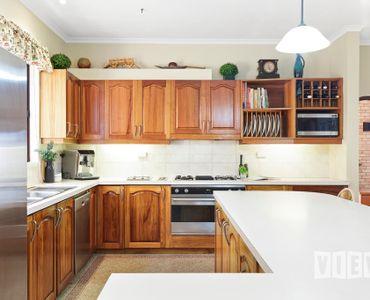 property image 1072168