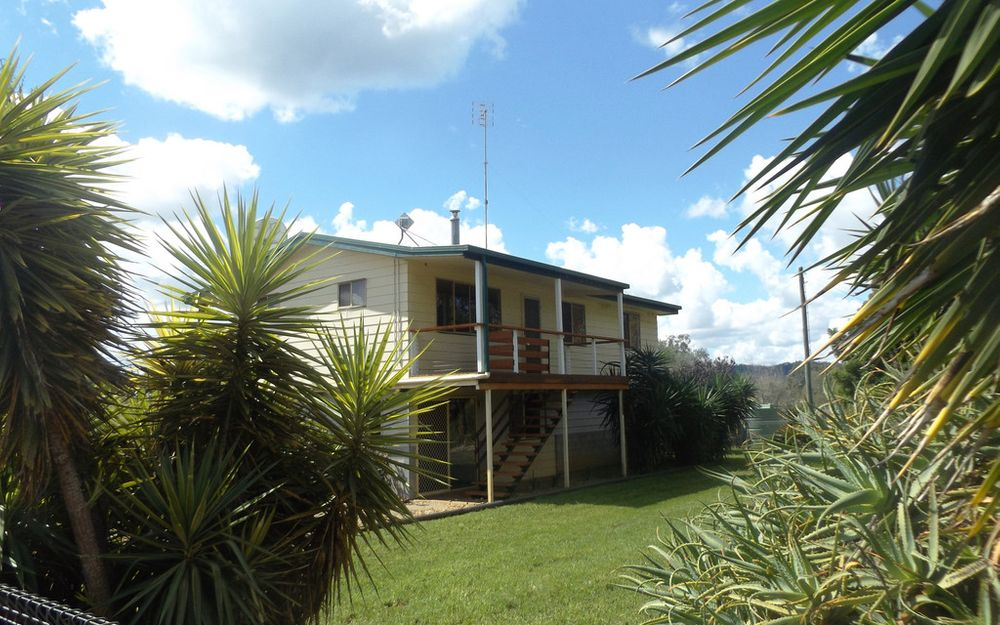10 Acres, Country living, 10 mins to Kingaroy