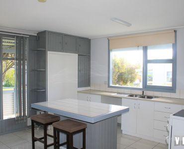 property image 1075456