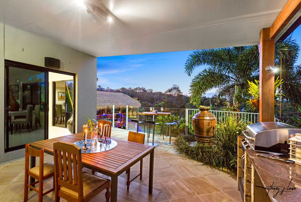 Large Gold Coast entertainer overlooking the reserve.