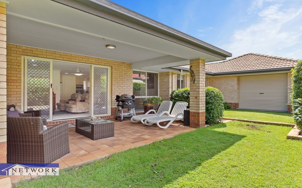 STYLISH LOW SET HOME IN ORMISTON SPRINGS COMPLEX