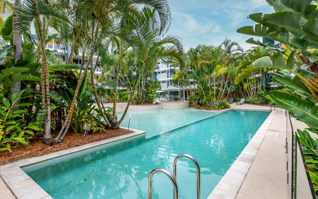 FULLY FURNISHED 2 BEDROOM APARTMENT – FACILITIES INCLUDE POOL, GYM & BBQ AREA