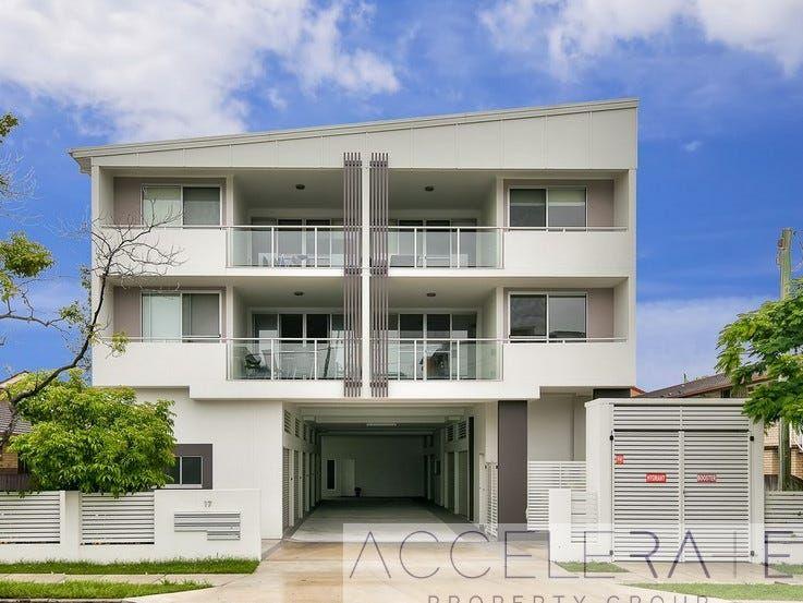Huge Apartment + 123sqm + Lock Up Garage