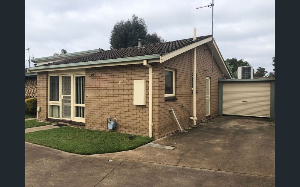 2 BEDROOM UNIT IN CENTRAL SHEPPARTON!