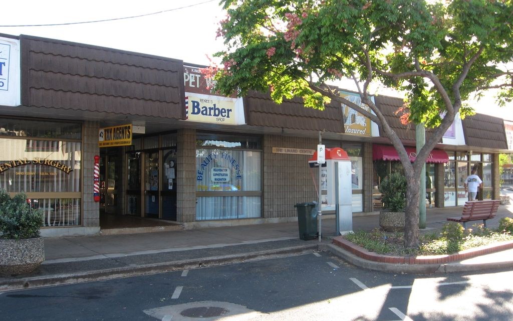 MOVE ON IN – Retail space 30m2 – Suit Hairdresser