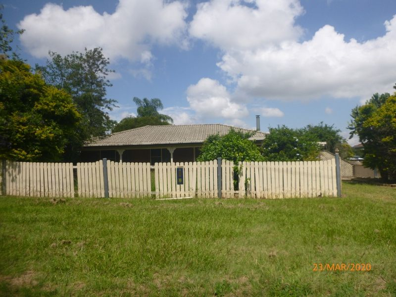 House Close to School, Hospital and short walk to CBD