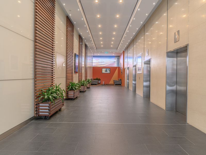 Multiple office levels from 50 to full 622sqm floor plates