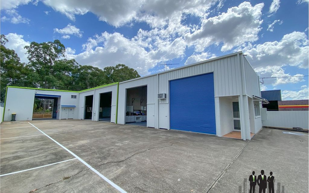 Open Plan Warehouse in Freestanding Facility