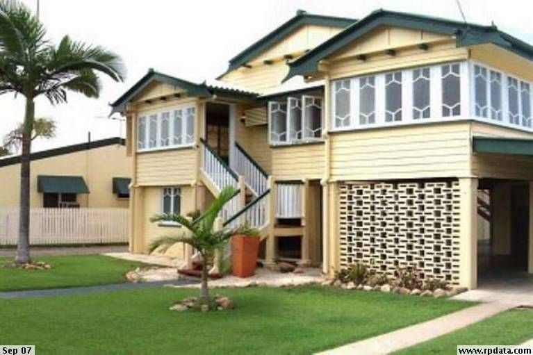 3 Bedroom Home with Large Backyard