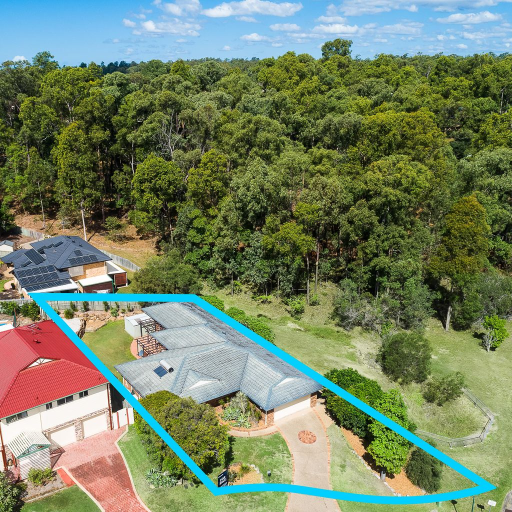 Centrally Located, Low Maintenance Home beside Daniel Reserve
