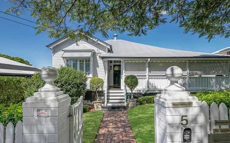 Colonial Elegance meets Contemporary Family Convenience & Style