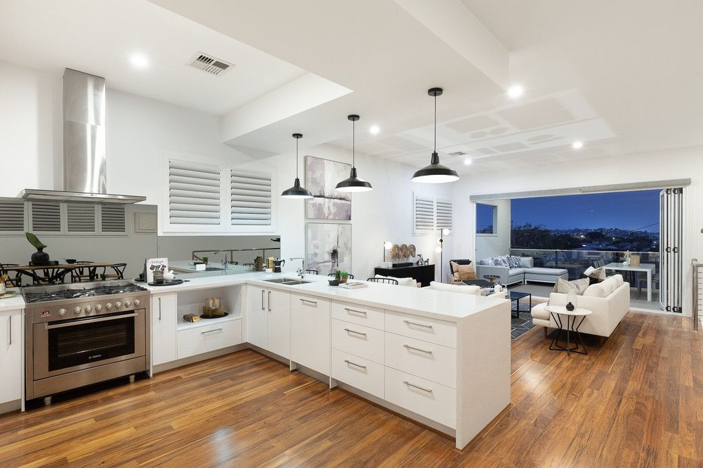 Tri-Level Luxe Living with CBD Views!