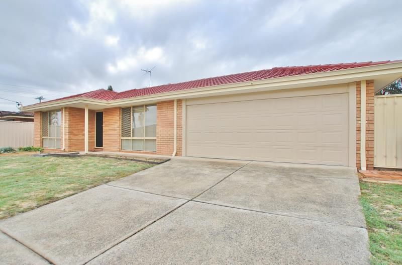 FRESHLY PAINTED AND SPACIOUS FAMILY HOME!